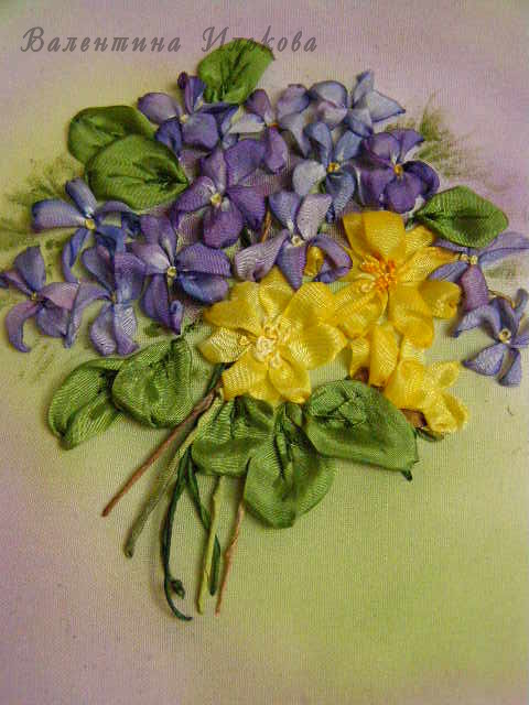 Вышивка лентами цветы и зеленью