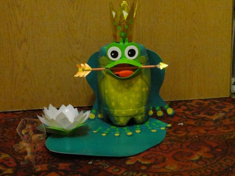 Поделка лягушки из 11