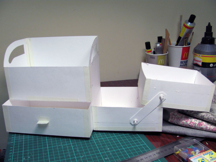 Как сделать бесполезную коробку своими руками 35
