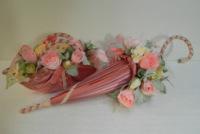 Сумки с букетом цветов из конфет